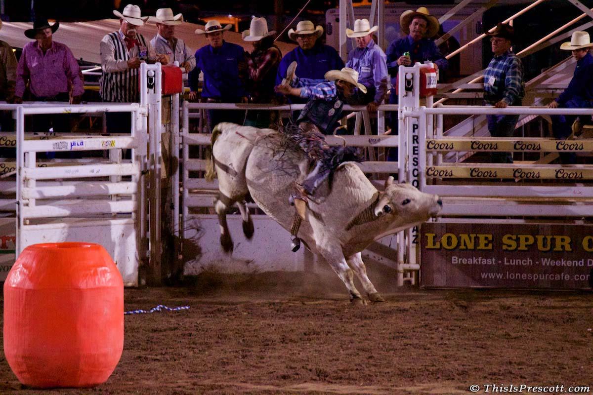 MASP-TIP-Rodeo-4thOfJuly-2017-9905-Bull-Riding-1200x800-40