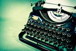 typewriter-1580800-Suzanne-Smith http://sxc.hu